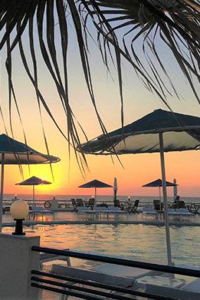 Ξενοδοχείο στη Θάλασσα Κρήτη | Zorbas Beach Village Hotel